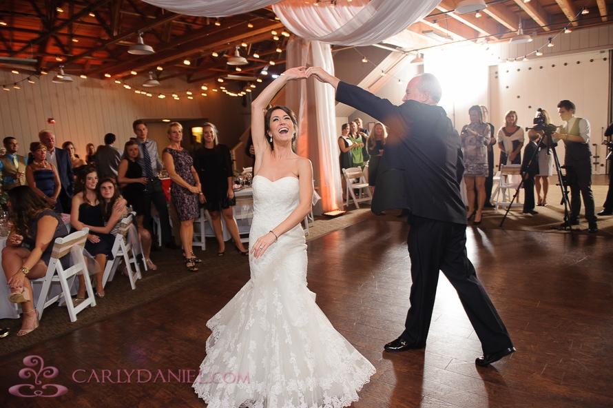 barn wedding receptions