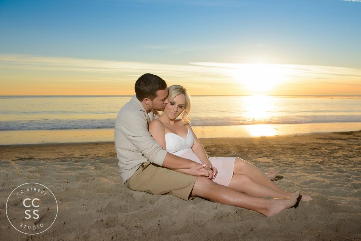 laguna-beach-engagement-picture-ideas-23