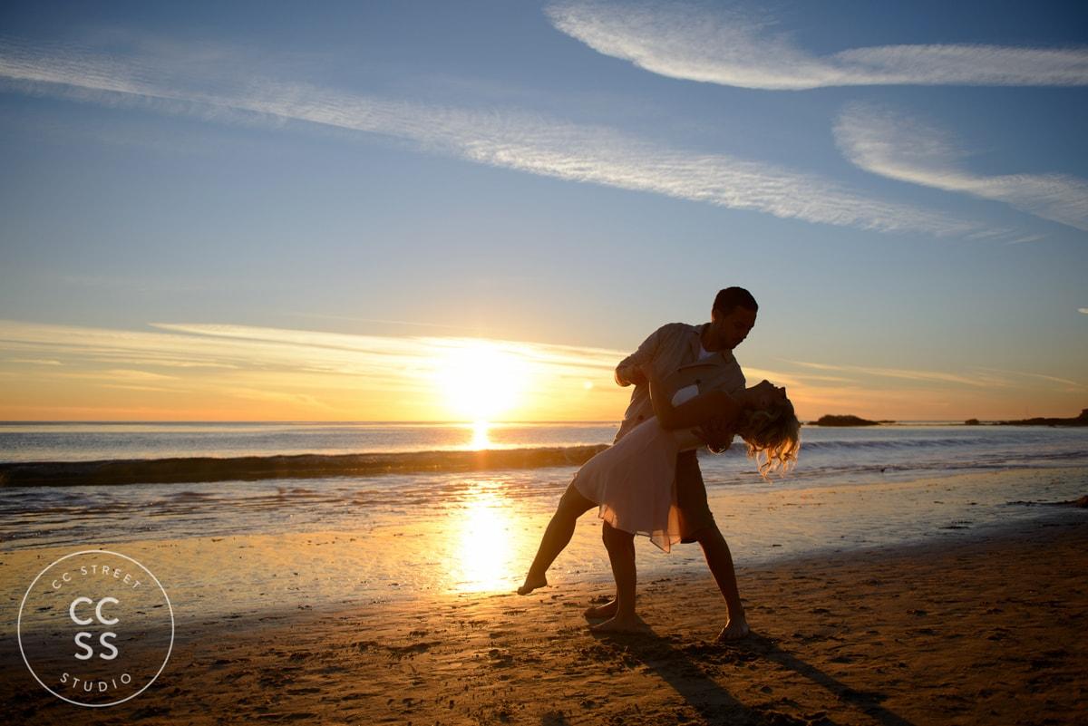laguna-beach-engagement-picture-ideas-25