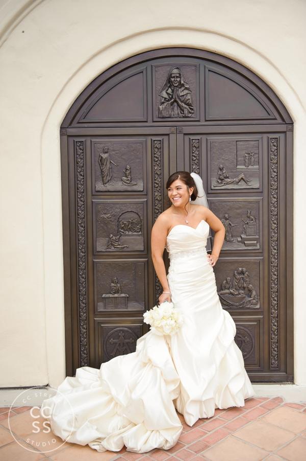 7-degrees-wedding-st-catherine-of-siena-laguna-beach-13