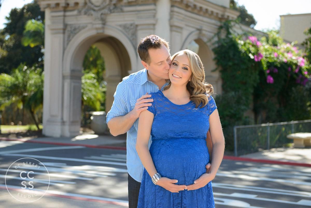 balboa-park-maternity-session-11