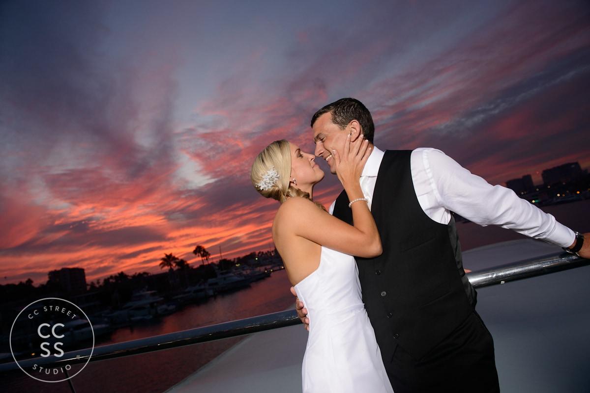 electra-cruises-destiny-wedding-34