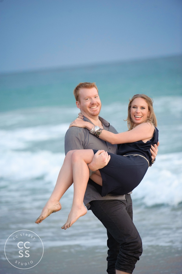 laguna-beach-hiking-trail-engagement-photos-21