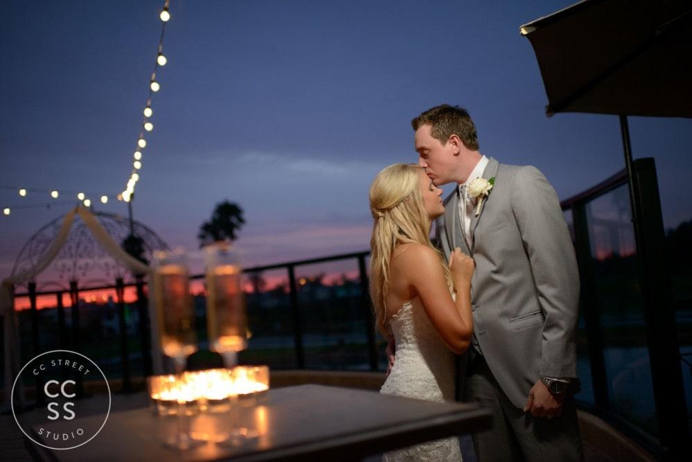 ocean sunset wedding photos