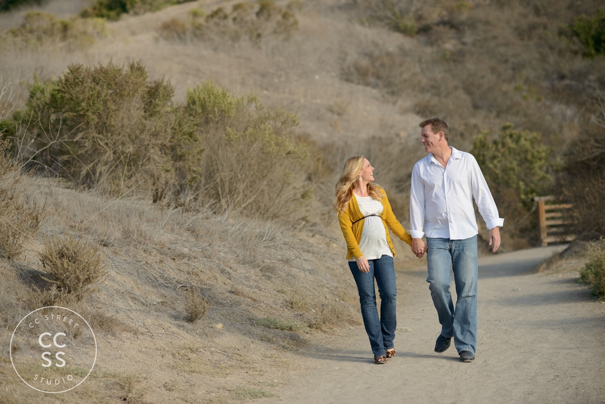 crystal-cove-maternity-photos-03