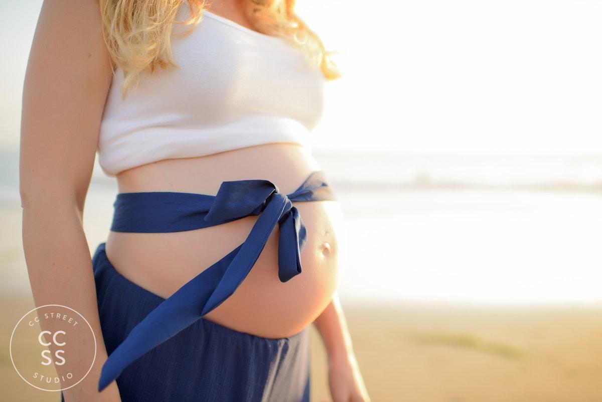 crystal-cove-maternity-photos-15