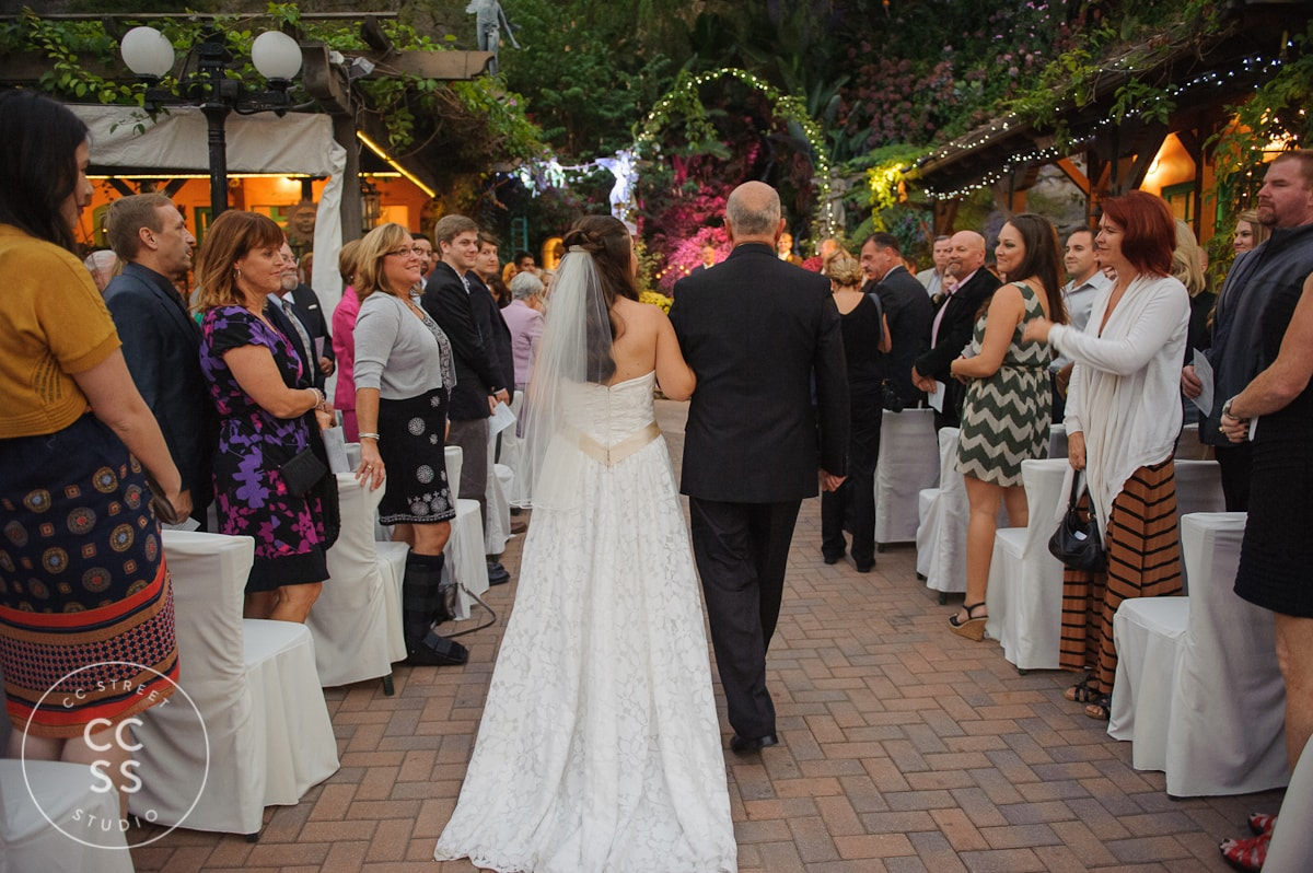 laguna-beach-tivoli-too-wedding-photos-29