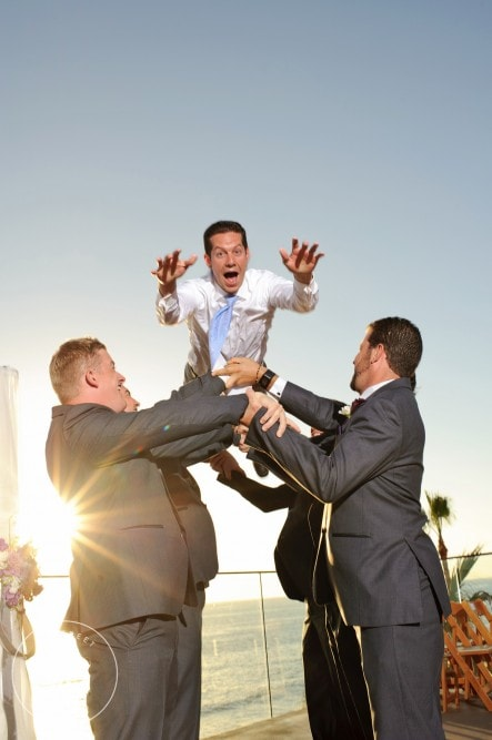 creative groomsmen photos