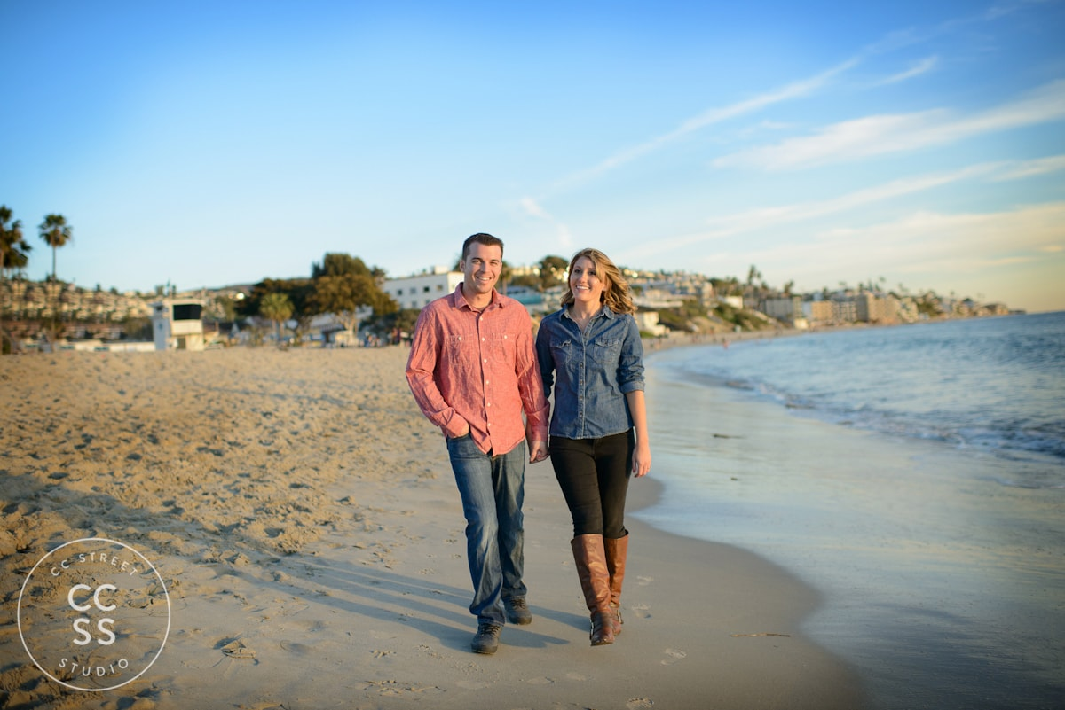 Laguna-Beach-hiking-trail-engagement-photos-24