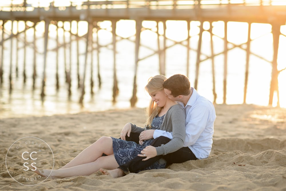 newport-beach-engagement-pictures-balboa-pier-19