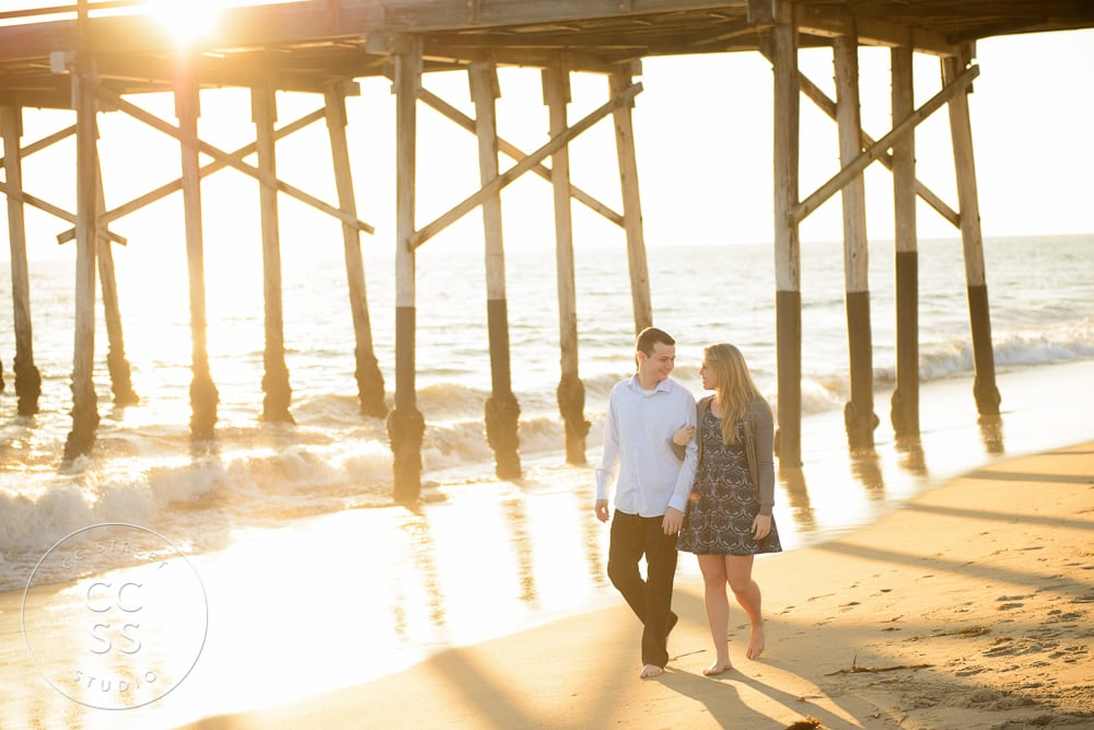 newport-beach-engagement-pictures-balboa-pier-22
