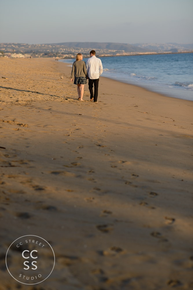 newport-beach-engagement-pictures-balboa-pier-25