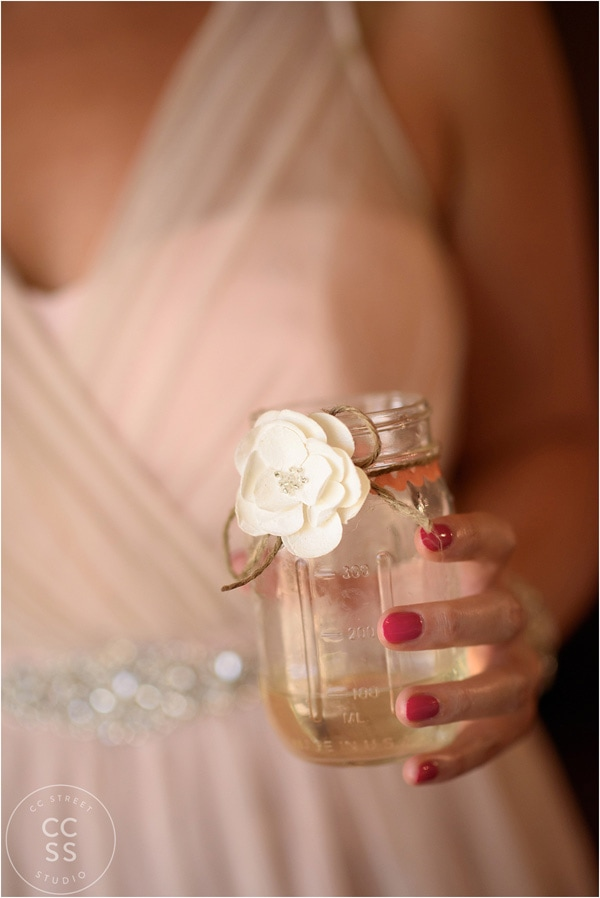 mason-jar-wedding-favor